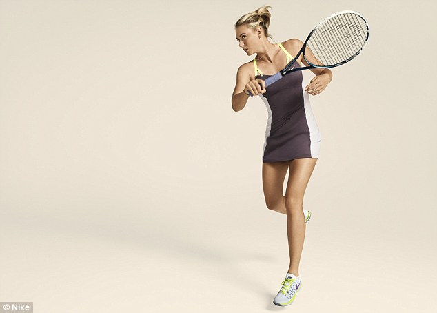 Maria-Sharapova-French-Open-Outfit